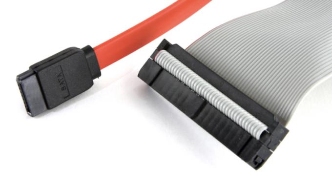 Кабель подключения жесткого диска